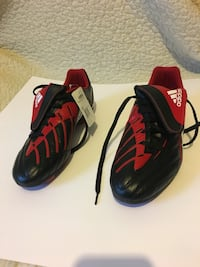 new Adidas soccer shoes, size 12 Toronto, M6E 3Y4