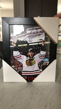 Signed Jonathan Toews picture, in frame Vaughan, L4H 3Z8