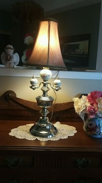 vintage Saloon lamp  Whitchurch-Stouffville, L4A 1K9