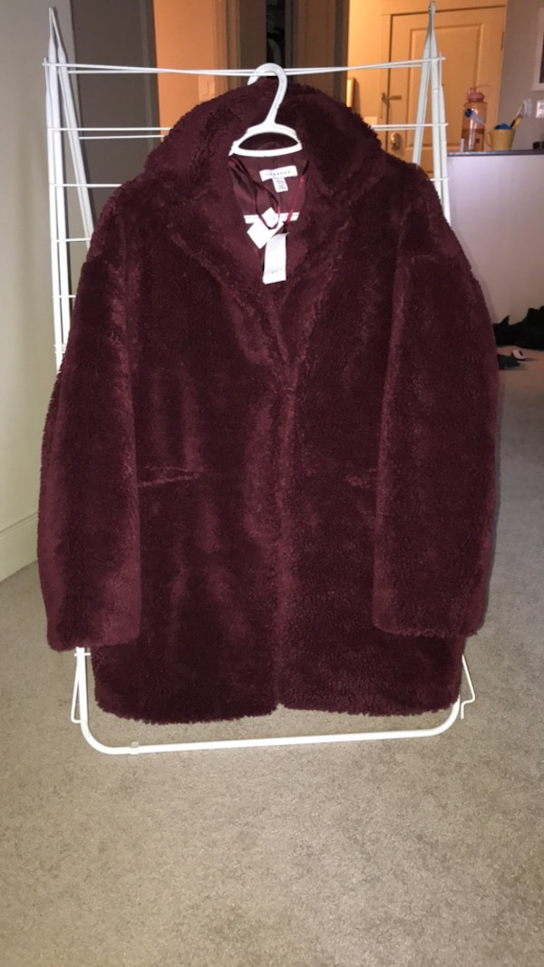 Maroon teddy coat. New with tags, paid 140