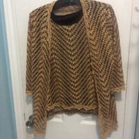 Ladies gold top and matching jacket large Kitchener, N2M 1L5