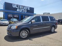 Chrysler Town & Country 2015 Temple Hills