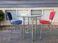 """heigh metal round table with chairs (42"""" diameter  Burnaby, V5E 1N4"""