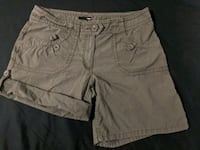 Brand New H&M Womens Short Size L - XL