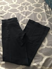 Lululemon yoga pants  2243 mi