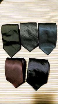 "Set of 5 silk ties approx 3"" wide Toronto, M6H 2W9"