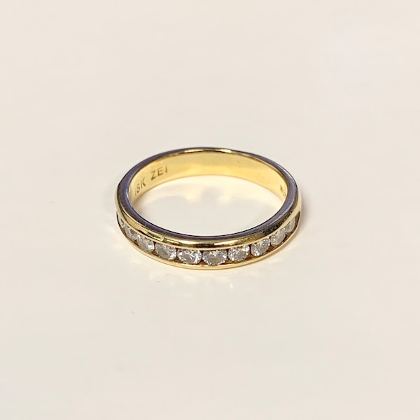 Genuine 18k Gold Diamond Wedding Band Ring 4fe33387-5412-4235-967c-41c763e3ad5e