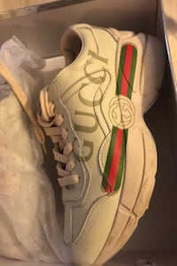 Gucci sneakers size 8 women Laval, H7L 3N7
