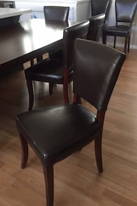 Lovely, like new, dining table and 8 chairs Santa Barbara, 93110