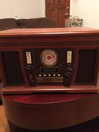 brown and black vintage radio Pasadena, 91103