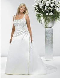 Signature wedding dress size 22 Orangeville, L9W 1C7