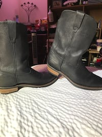 pair of black leather cowboy boots New Smyrna Beach, 32168