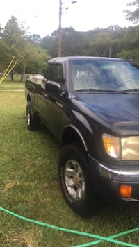 black Ford F-150 extra cab pickup truck Chattanooga, 37343