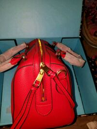 red leather 2-way handbag Jersey City, 07306