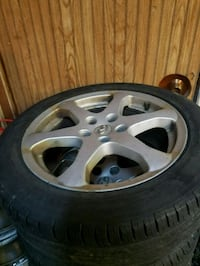 "17"" G35 Sedan Rims and Tires for Sale Set of 5 Toronto, M1S 3T3"