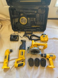 DeWalt 14.4V tool combo kit-5 tools --2 chargers and 4 batteries Stafford, 22556