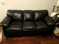 Sofa in excellent condition Herndon, 20171