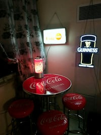 Vintage Coca-Cola table and chairs Toronto, M5R 1T7
