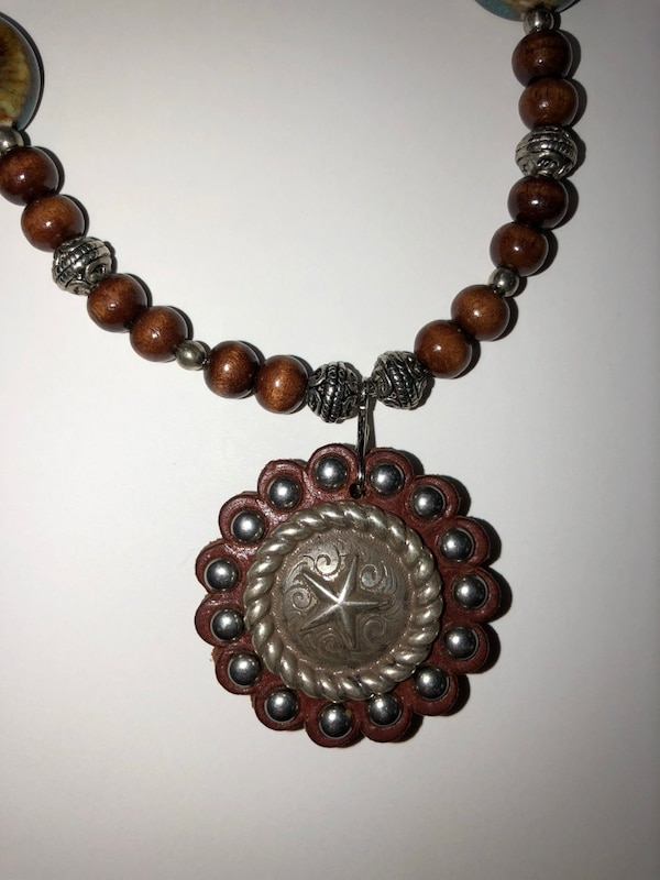 Texas Star Concho Necklace With Matching Earrings