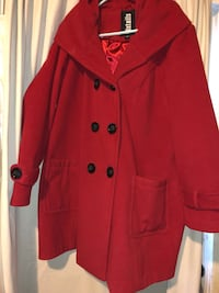 Very nice Red wool coat with large hood. Size 1x and in excellent condition. Portland, 97206