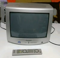 Vendo tv con mando a distancia  6198 km
