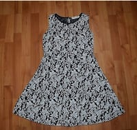 Cute holiday dress  St Catharines, L2M 4K9