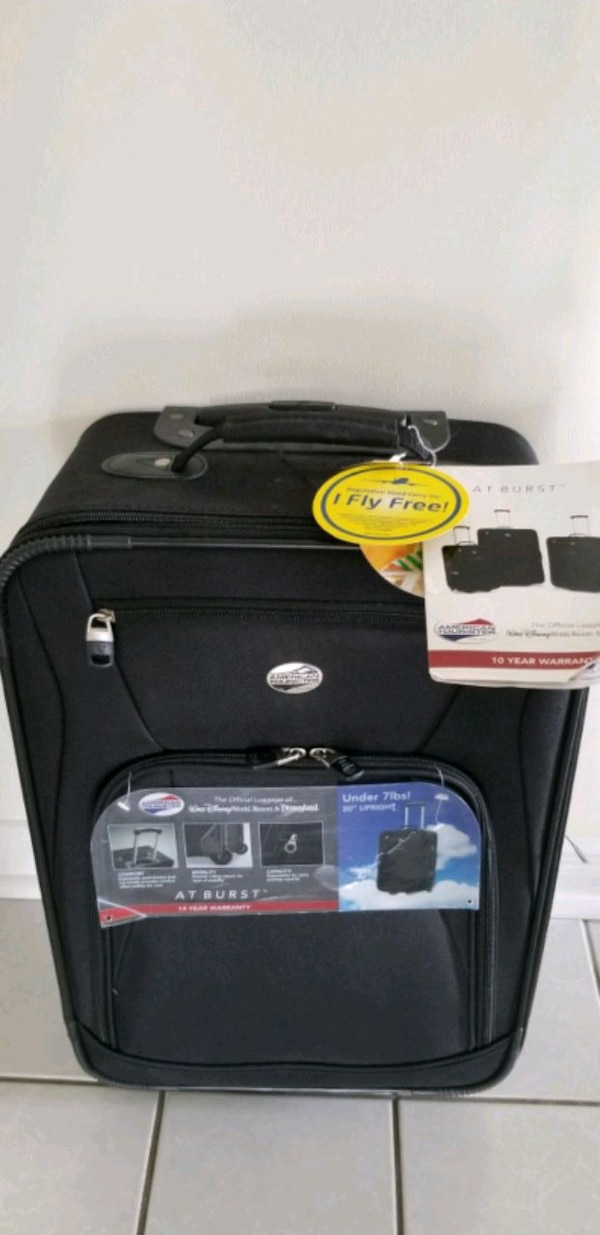 """American Tourister 20"""" carry on luggage"""