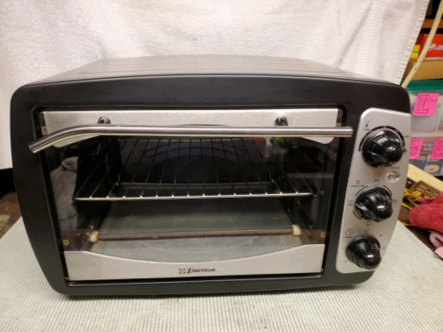 Photo Emerson Convection Toaster Oven, Used