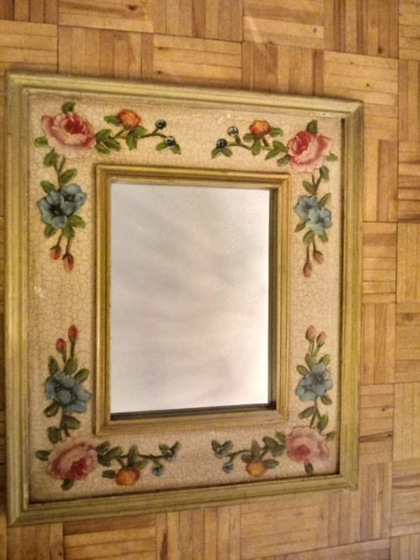 FLORAL HAND PAINTED MIRROR 596d1e46-e2df-4611-b109-3fb07858837b