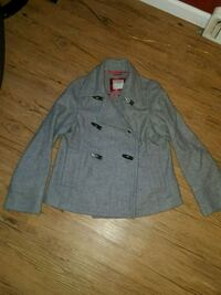Old Navy Women's Coat - size small Eugene, 97404