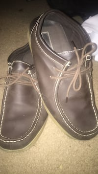 pair of brown leather boat shoes Jackson, 38301