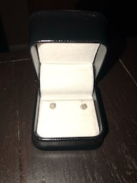 silver-colored stud earrings with clear gemstone Northglenn, 80241