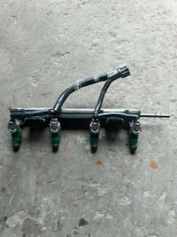 2004 Nissan sentra Fuel Rail with Injector Houston, 77039