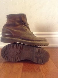 pair of brown leather boots Amaranth, L9V