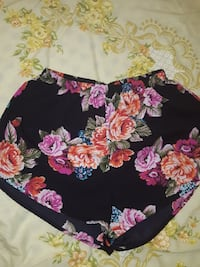 Size small high waisted shorts Tualatin, 97062
