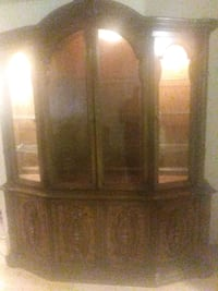 brown wooden cabinet with mirror Columbia, 29203