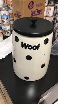 Dog food/ treat container