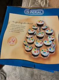 5 Acrylic Cupcake Stands $80 for all or $20/stand Sanford, 32771