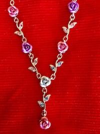 * Lovely jewelry *  Pretty colorful Roses necklace fine fashion necklace Alexandria, 22311