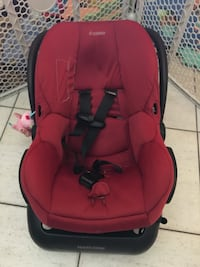 baby's red and black car seat carrier Dania Beach, 33312