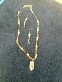 gold-colored chain necklace Reno, 89508