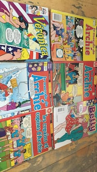assorted-title comic book lot Montreal, H3W 2E7