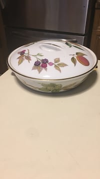 Beautiful vintage bowl with lid Green, 44685