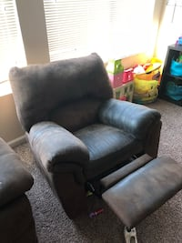 Sofa and 2 recliners Redlands, 92374
