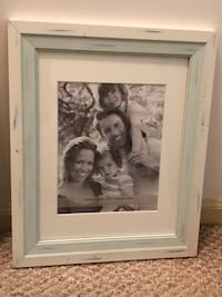 New- 8x10 Distressed Picture Frame