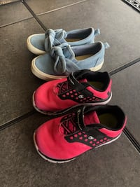 Girls Shoes Size 7W & Size 8