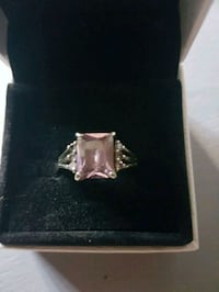 Gorgeous sterling silver ring Whitby, L1N 8X2