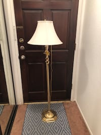 2-Bulb Gold Floor Lamp 5 ft tall Los Angeles, 91356