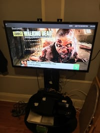 """35"""" inch Samsung tv with mount stand  New York, 11385"""