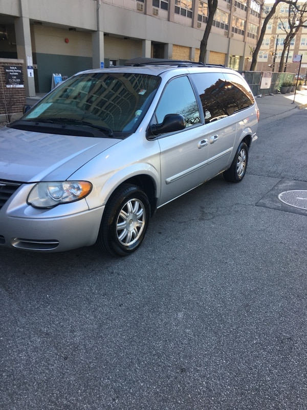 Chrysler - Town and Country - 2007